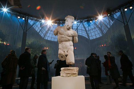 'Minotauro en marcha', una de las 700 obras del Grand Palais. | AFP