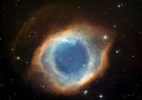 Imagen de la nebulosa Helix conocida como el 'Ojo de Dios'. | Efe
