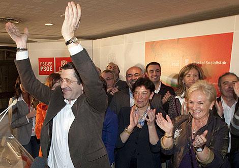 Patxi López celebra su victoria en la sede socialista vasca. | Iñaki de Andrés