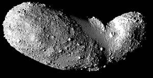El asteroide Itokawa, captado por la nave japonesa Hayabusa. | JAXA
