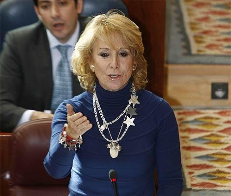 Aguirre, durante su intervención este jueves en la Asamblea de Madrid. (Rivas)
