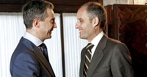 Ricardo Costa y Francisco Camps, en una imagen tomada en enero. | Efe