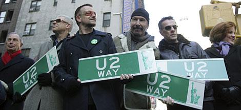 La banda, en la calle que lleva temporalmente su nombre. | AP
