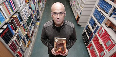 El autor, durante la presentación del libro. Foto: Efe
