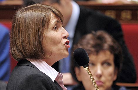 La ministra francesa de Cultura, Christine Albanel, en la Asamblea. | AFP