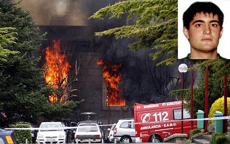Imagen del atentado en la Universidad de Navarra. (AFP) | Beñat Aguinagalde (arriba)