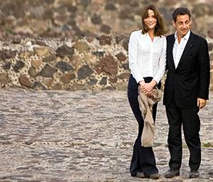 Carla Bruni y Sarkozy, en México. | AFP