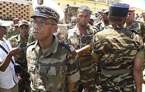 El vicealmirante Mamy Ranaivoniarivo vuelve al Ministerio de Defensa.   Reuters