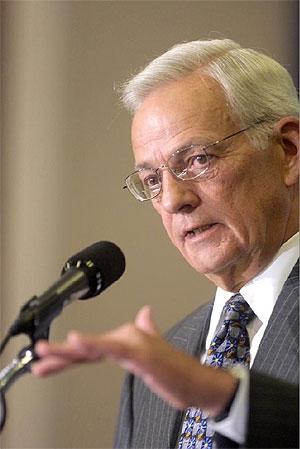 El ex Secretario de Estado del Tesoro Paul O'Neill. (Foto: AP)