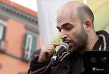 Saviano, tras su aparición en la marcha. (Corriere della Sera)