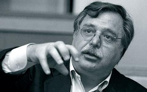 El periodista, eurodiputado y escritor Luis Herrero. | La Esfera de los Libros