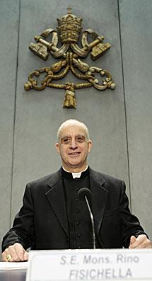 Monseñor Rino Fisichella. | AP