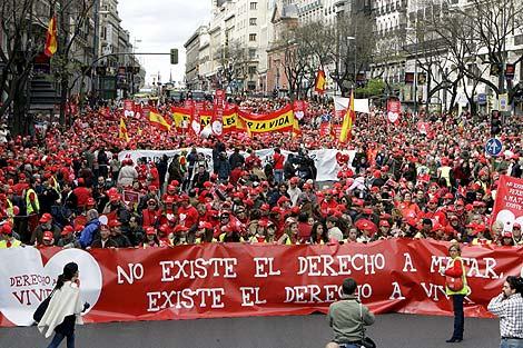 Cabecera de la manifestación por las calles de Madrid. | Efe