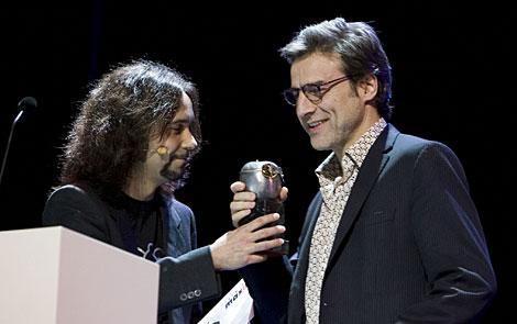 San Juan recibe el Max a la mejor adaptación por 'Algelino'.   Q. Curbelo