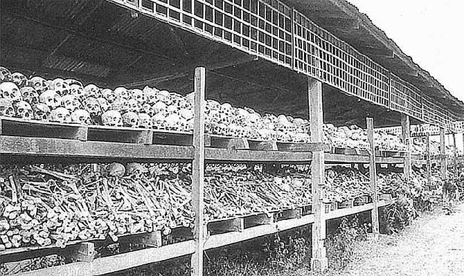 Millares de cráneos testifican el horror del régimen de Pol Pot, jemeres rojos en Camboya. (Foto: Spengler)