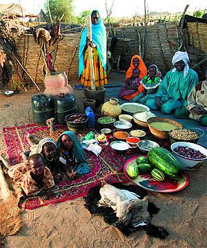 Familia de Chad fotografiada con su comida. (Foto: El Mundo)