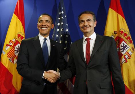 Obama y Zapatero, juntos en Praga. | Reuters