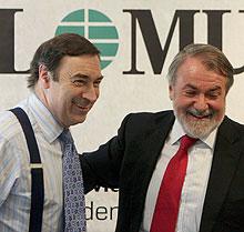Mayor Oreja, con Pedro J. Ramírez.   J. A.