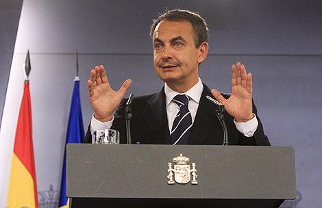 Zapatero, en su comparecencia.   Gonzalo Arroyo