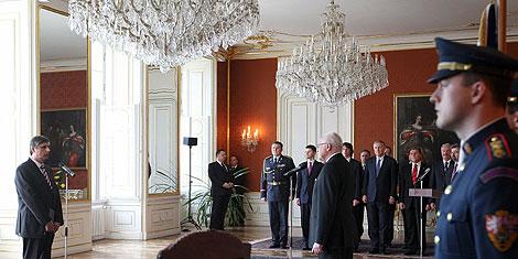 Ceremonia de nombramiento de Fischer en el castillo de Praga. | Efe