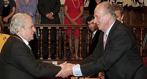 El Rey entrega el Premio Cervantes a Juan Marsé. | Efe