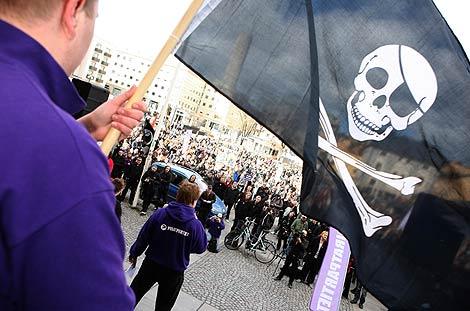 Manifestación a favor de 'The Pirate Bay'.   Ap