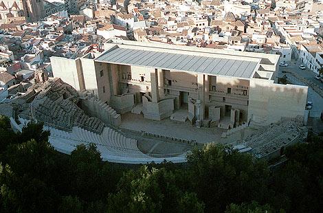 Vista aérea del Teatro Romano de Sagunto. | Vicent Bosch