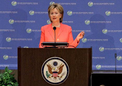 La secretaria de Estado Hillary Clinton durante la cumbre de clima. | Ap