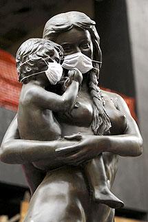 Detalle de una estatua, en México D.F. | Efe