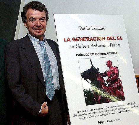 Pablo Lizcano, el 29 de mayo del 2006 en la presentación de su libro 'La generación del 56. La Universidad contra Franco' en el Congreso de los Diputados. | Efe
