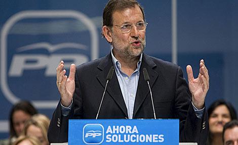 Rajoy, durante un acto de precampaña en Guadalajara este domingo.   Efe