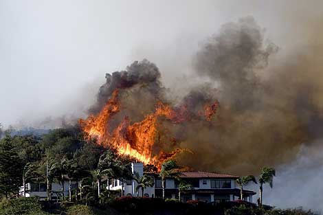 Miles de casas han tenido que ser evacuadas. | Efe