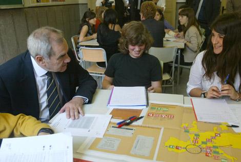 Maragall, esta mañana en una escuela de Les Corts. | Domènec Umbert