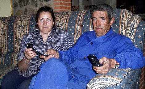 Manuel Vicho y Dolores, en su casa de Valencia de Alcántara (Cáceres).   D. V. y J. P.