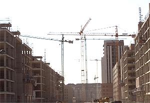 Bloques de viviendas protegidas en construcción en el País Vasco | A. Ruiz