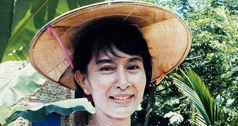 La líder opositora birmana Aung Suu Kyi . | Efe