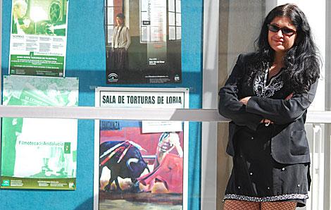 La escritora Lucía Etxebarria, en el I Festival de Cine Solidario de Granada.   Jesús G. Hinchado