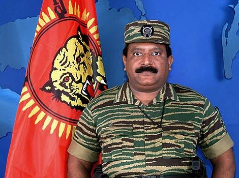 Imagen tomada el 27 de noviembre de 2003, del líder de los LTTE, Velupillai Prabhakaran. | AFP