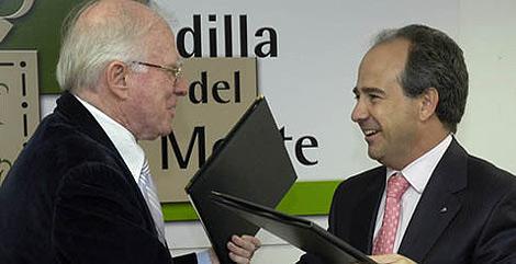 Teddy Bautista con González Panero, ex alcalde de Boadilla, imputado en el Gürtel.