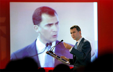 El Príncipe Felipe, durante su intervención en la conferencia Zeitgeist. (Foto: Efe)