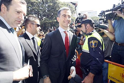 Ricardo Costa accede al Tribunal junto a David Serra. | Vicent Bosch