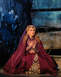 Nancy Rodríguez,la soprano de la ópera.