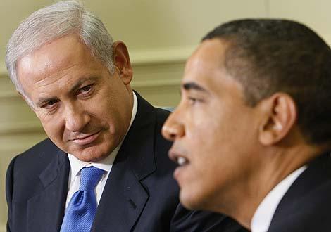 Benjamín Netanyahu y Barack Obama, durante su reunión en Washington el 18 de mayo. | AP
