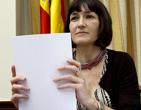 González-Sinde, al inicio de la Comisión de Cultura.   Efe