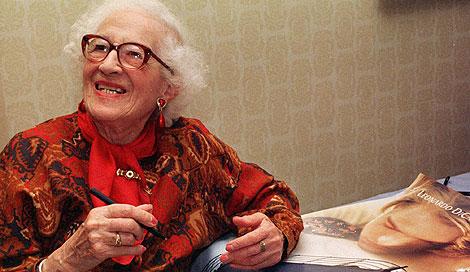 Millvina Dean, en abril de 1998. | AP