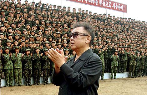 Kim Jong-il elige a su hijo menor para sucederle.   Afp