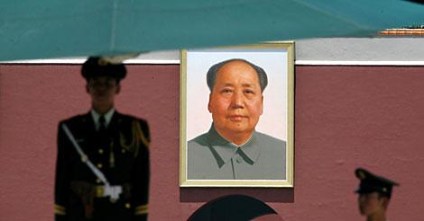 Imagen de Mao en la plaza de Tiananmen. | Reuters