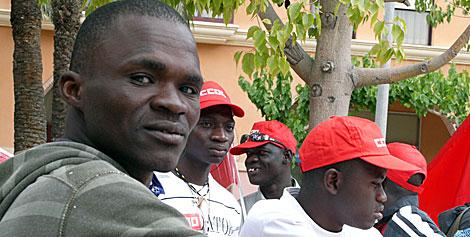 Inmigrantes africanos en un centro de acogida. | El Mundo