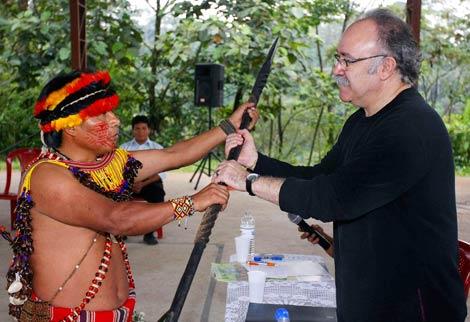 El vicepresidente de la Generalitat, en el viaje a ecuador. | Rubén Moreno | EFE