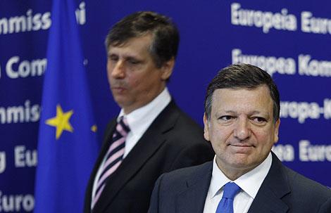 Fischer (izda.) y Barroso en rueda de prensa. | Reuters